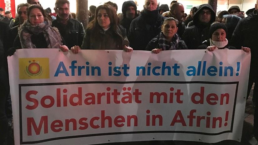 Protestkundgebung gegen die türkischen Angriffe auf Afrin
